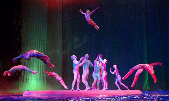 cirque o barge (cirque du soleil)