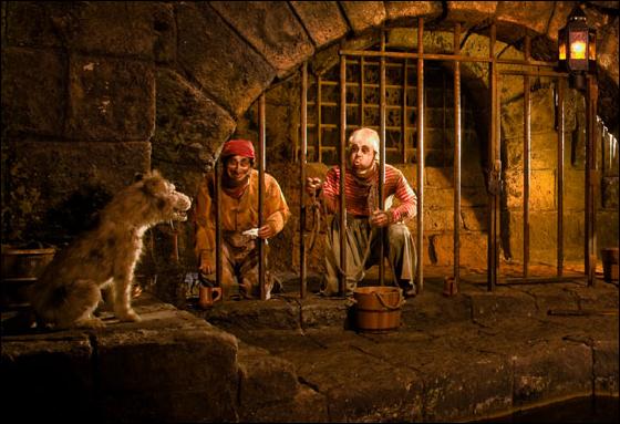 disneyland pirates caribbean