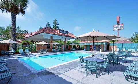 laguna hills lodge pool