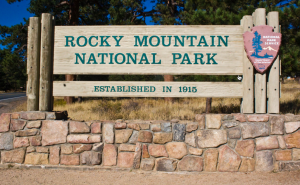 sign rocky mountain national park colorado rmnp