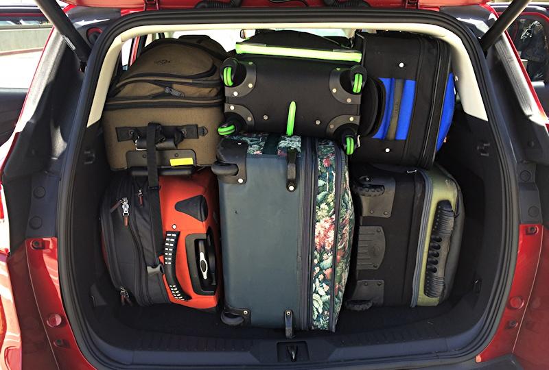 Ford Escape (car rental) - 4 big luggages - Road Trips ...