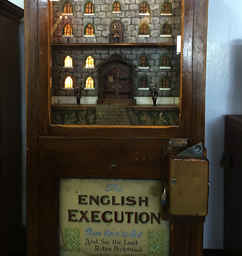 english-execution-coin-operated-machine