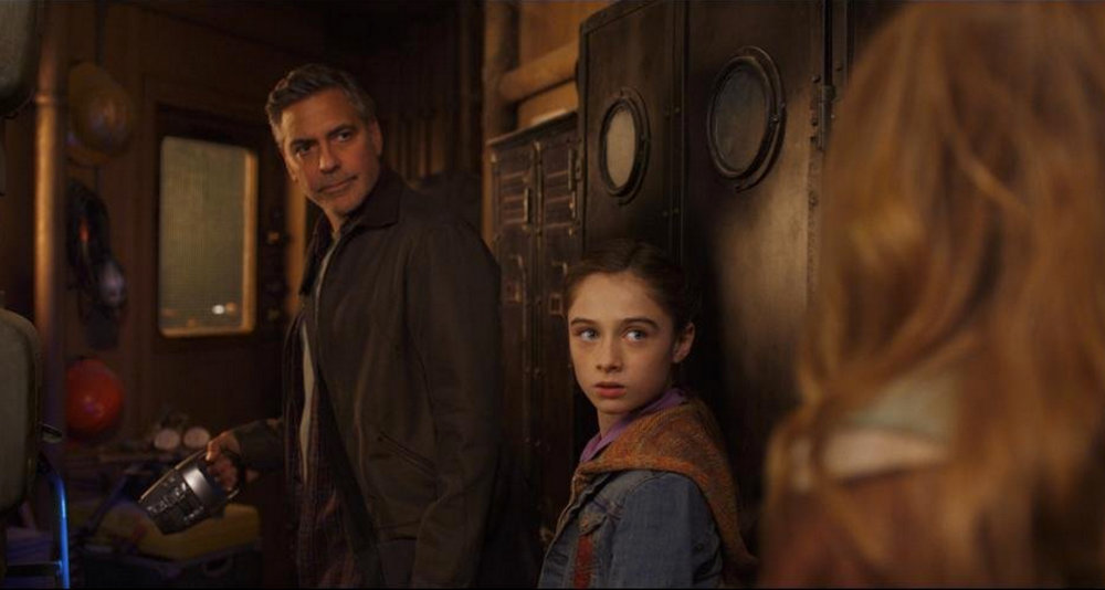 """Frank (George Clooney) and Athena (Raffey Cassidy), from """"Tomorrowland"""""""