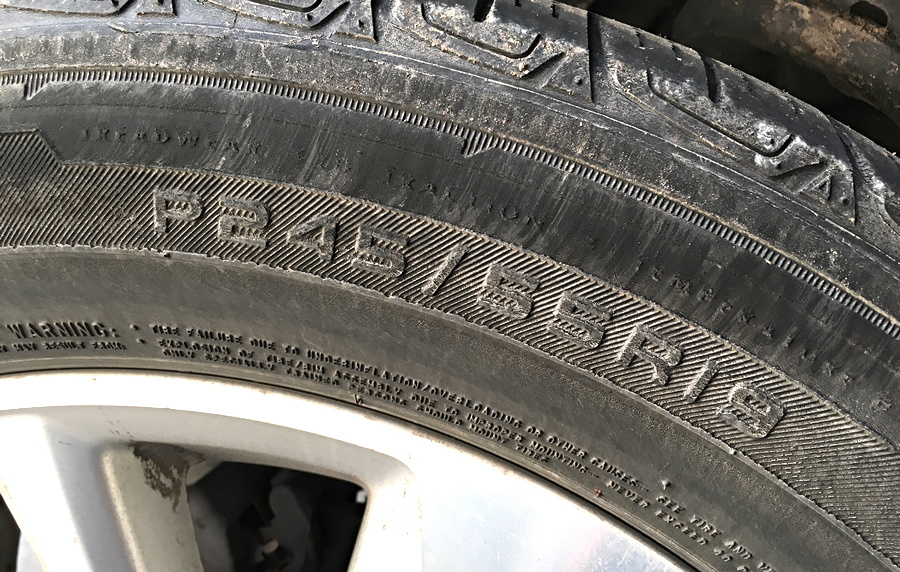 how big is my car suv truck tire wheel