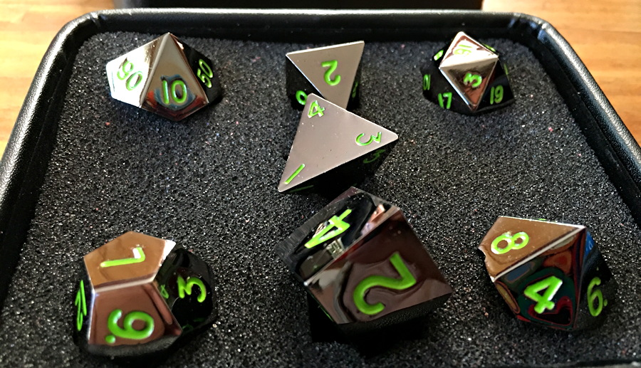 Gunmetal Series: Serpent's Blood Dice Set