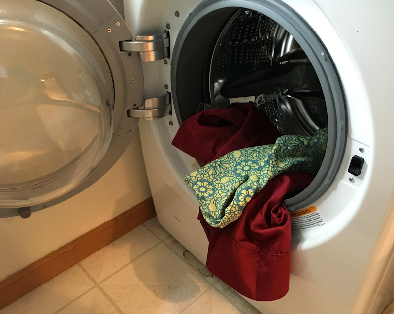 pillowcases in front loading washing machine