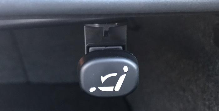 fold down back seats control, mazda6 2017