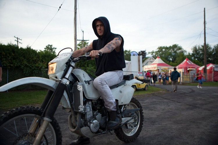 ryan gossling in the place beyond the pines