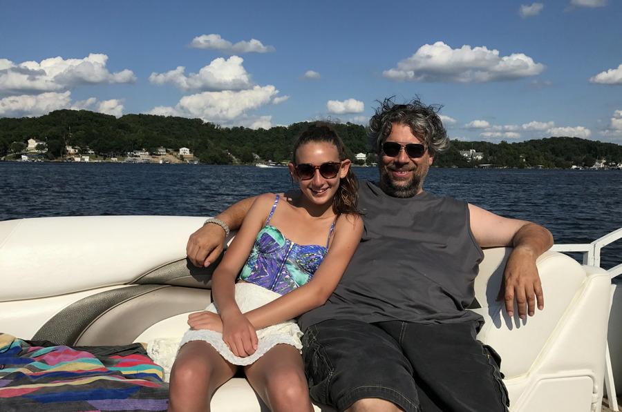 dad daughter boat lake