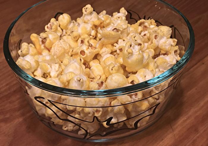 butter flavor popcorn, nutrisystem, in bowl
