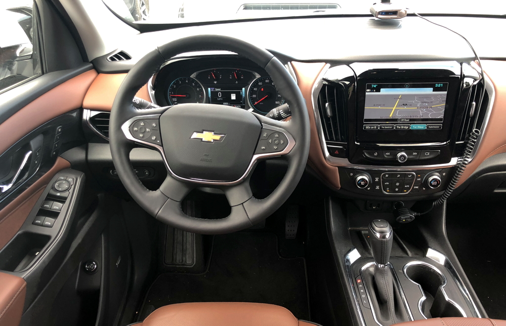 2018 chevy traverse - front console steering wheel