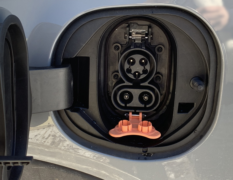 chevy bolt charging plugs