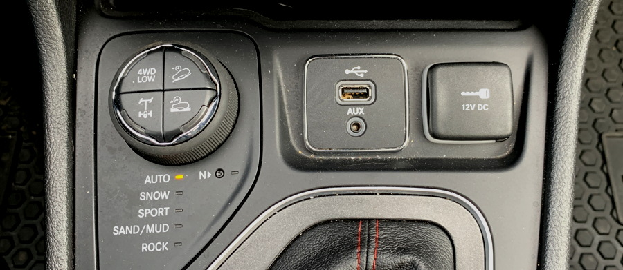 4x4 controls, 2019 jeep cherokee