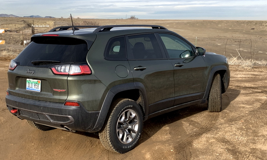 2019 jeep cherokee trailhawk elite 4x4 exterior back