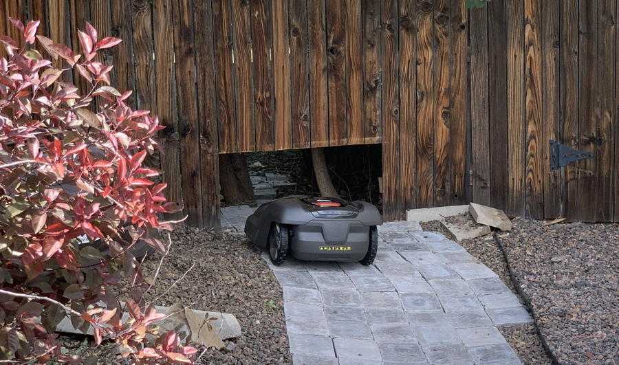 hole in fence for automower