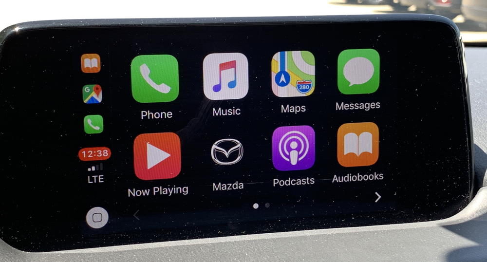 carplay running on mazda cx-5 entertainment system screen