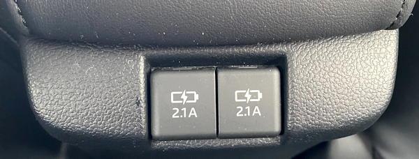 2019 toyota prius xle awd rear USB plugs