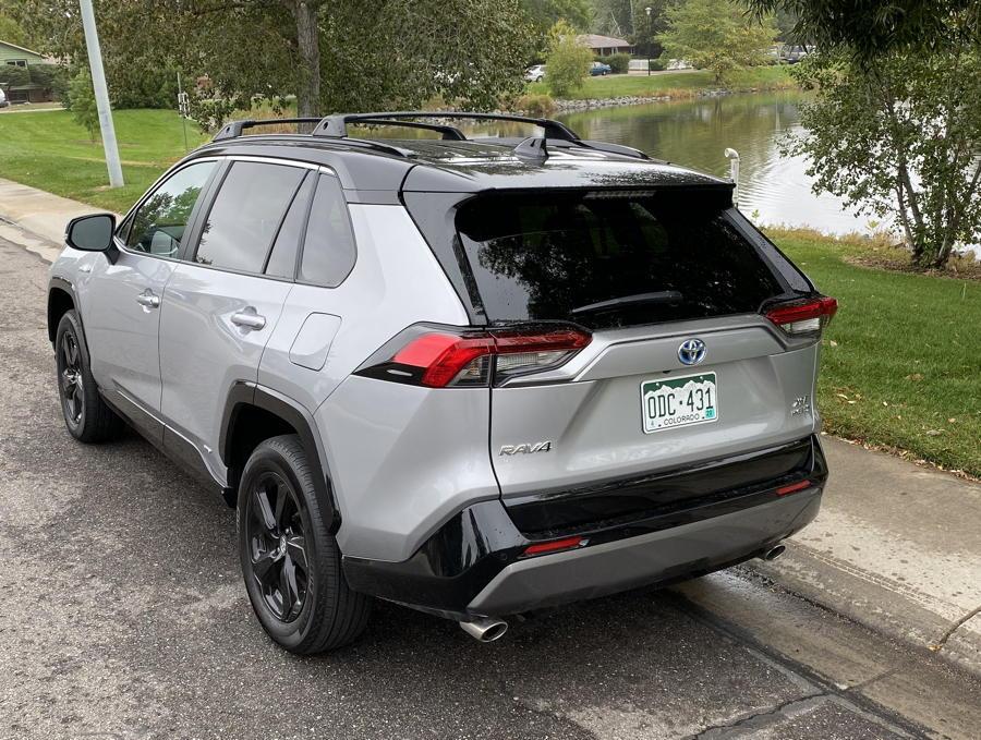 2019 toyota rav4 hybrid xse exterior rear