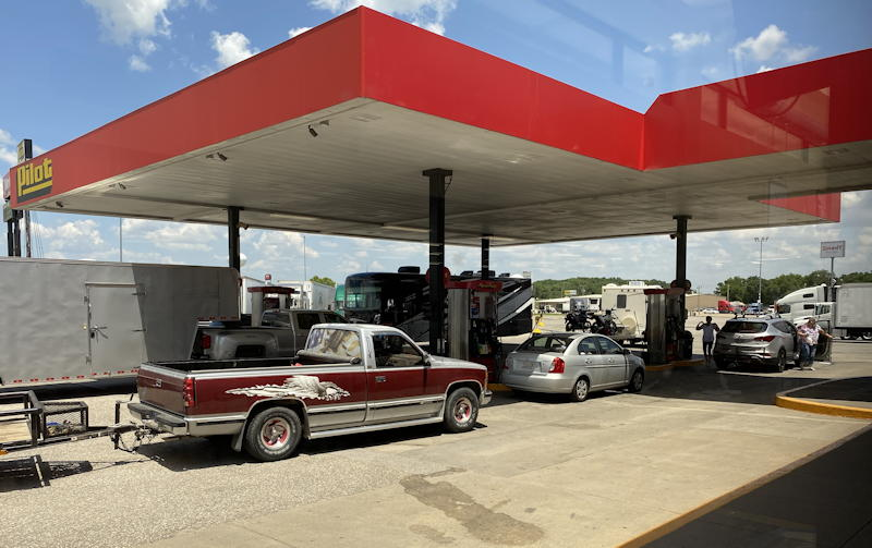 rural gas station with cars