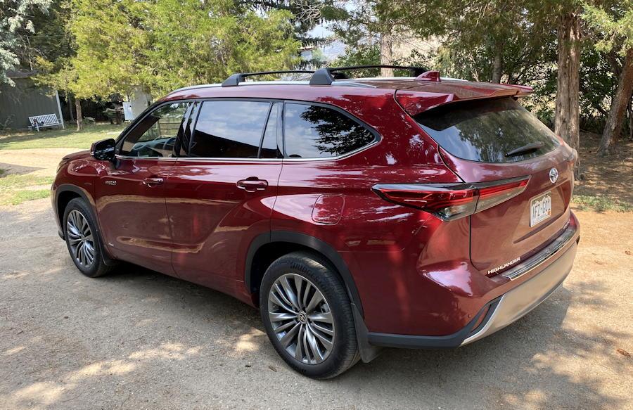 2020 toyota highlander hybrid ltd - exterior red ruby