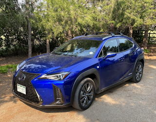 2020 lexus UX 250h F Sport review behind the wheel driving