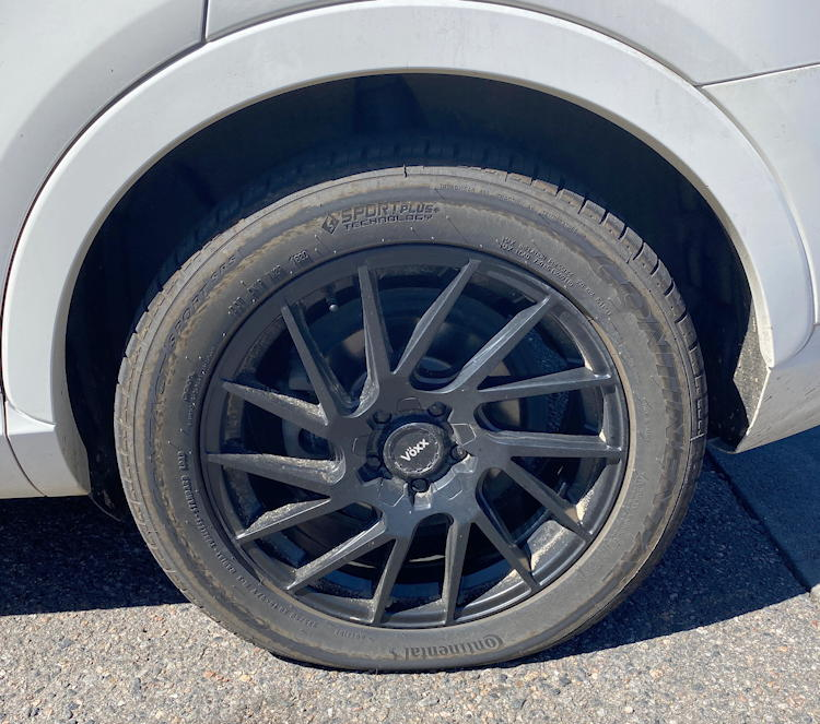 audi q3 with flat tire