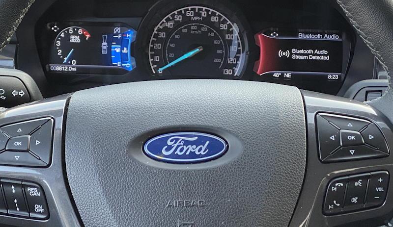 2020 ford ranger lariat - main gauge display