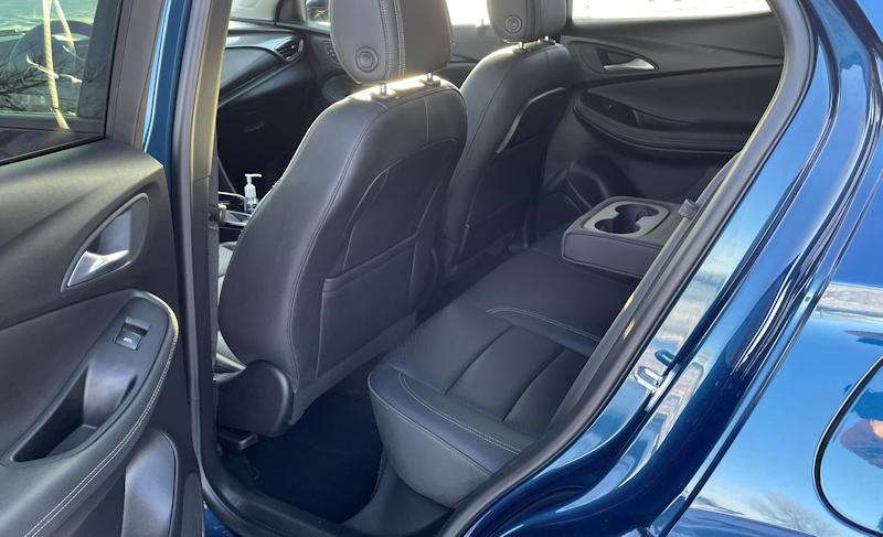 2020 buick encore gx essence - rear leg passenger room