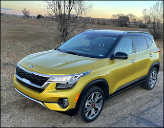 2021 Kia Seltos SX Turbo AWD review driving