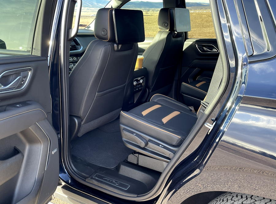 2021 GMC Yukon 4WD AT4 rear legroom