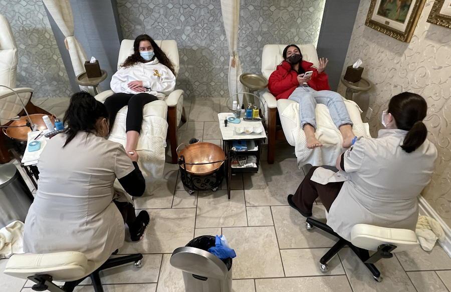 two girls pedicure broadmoor spa