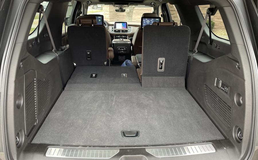 2021 chevy chevrolet suburban - interior cargo rear third row seat