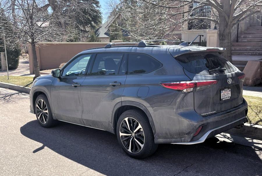 2021 toyota highlander xse - exterior rear