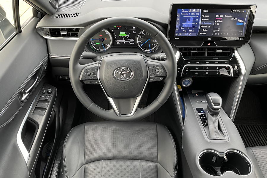 2021 Toyota Venza Limited - front cockpit dashboard