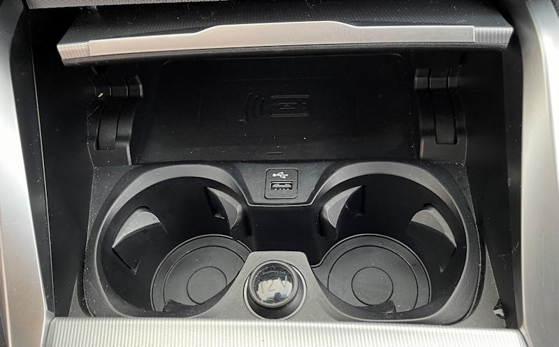 2021 bmw 430i xdrive coupe - cup holders charger qi wireless