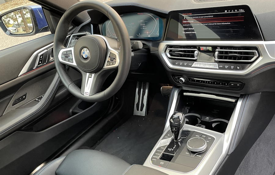 2021 bmw 430i xdrive coupe - dashboard driver's steering wheel