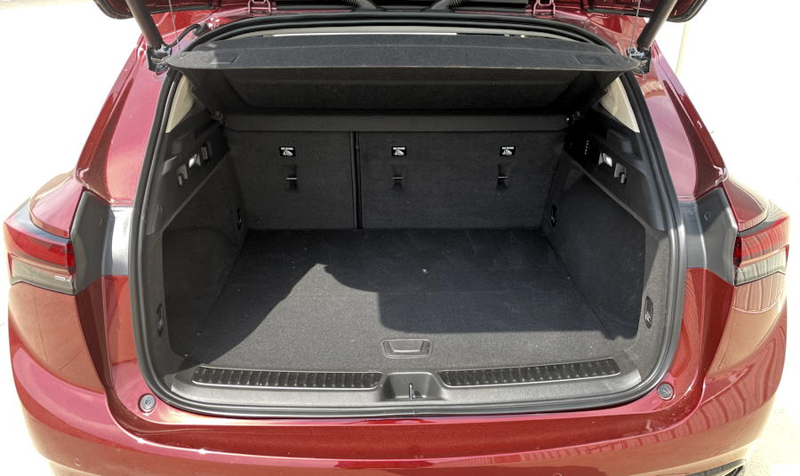 2021 buick envision essence fwd - trunk space