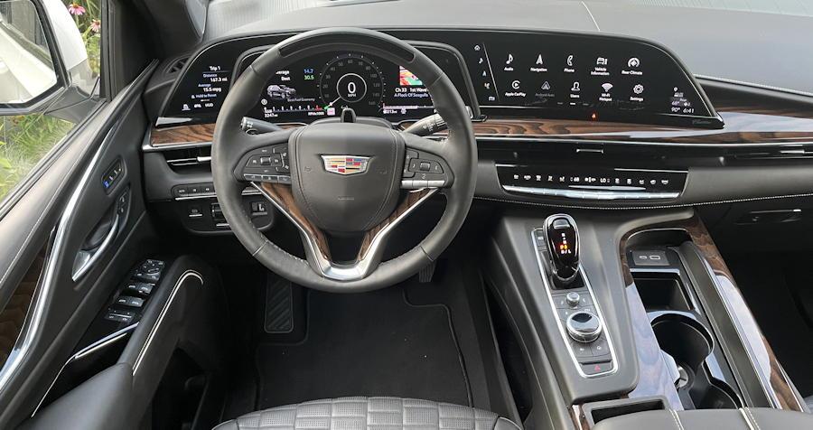 2021 cadillac escalade 4wd sport platinum - interior full dash