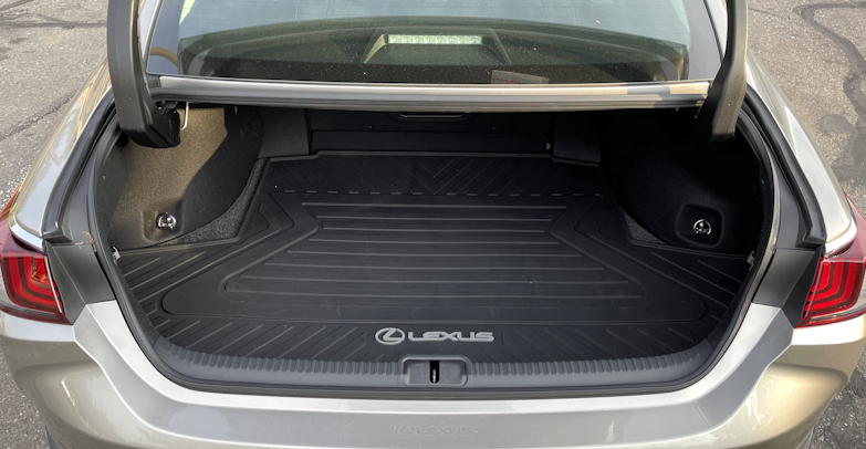 2021 lexus es awd - trunk space