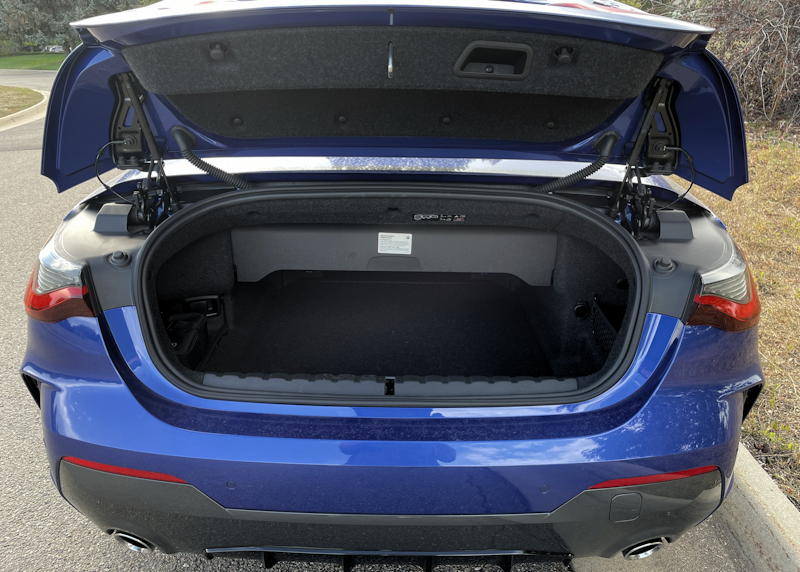 2021 bmw 430i convertible - minimal trunk space