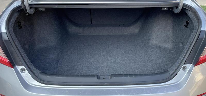 2021 honda accord hybrid trg - trunk space