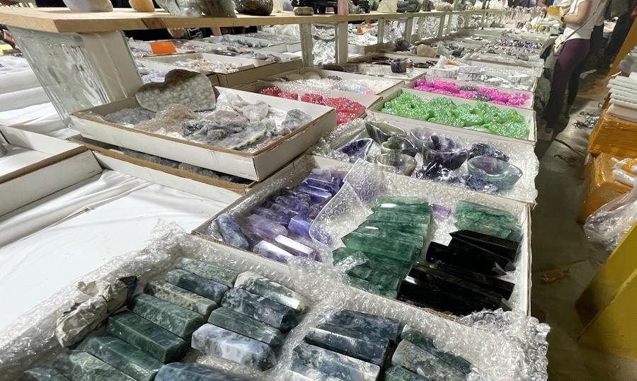 denver mineral, fossil, gem and mineral show denver 2021 - polished minerals