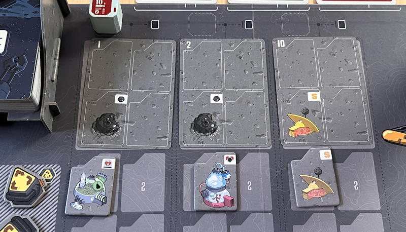 luna capital game - cards and tiles